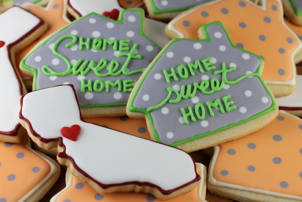 house-cookies-group