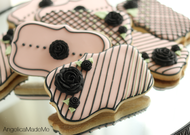 Black Fondant Flower Decorated Cookies